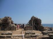 Сред разкопките на църквата